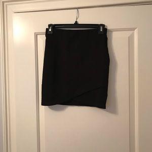 Aritzia black skirt